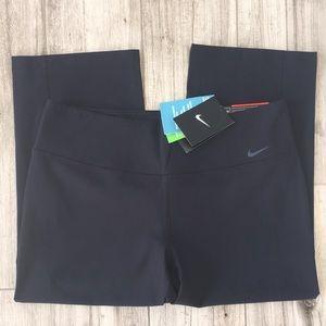 NWT Nike Legend 2.0 Slim Fit Black Leggings Size L